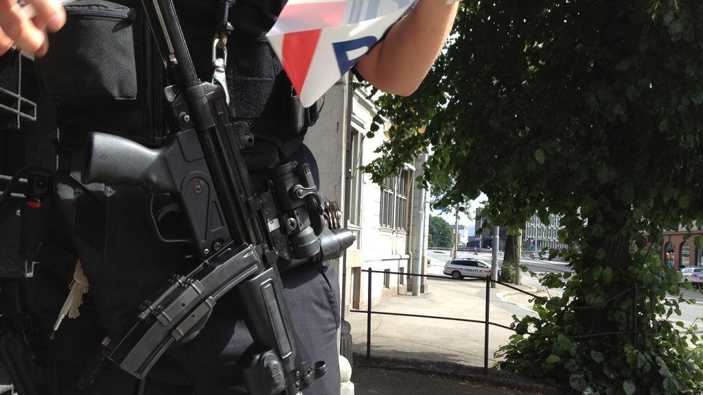 Mange vil at politiet trener mer, men tjenestemennene får ikke det pålagte minimum av trening engang, ifølge Politiets Fellesforbund.