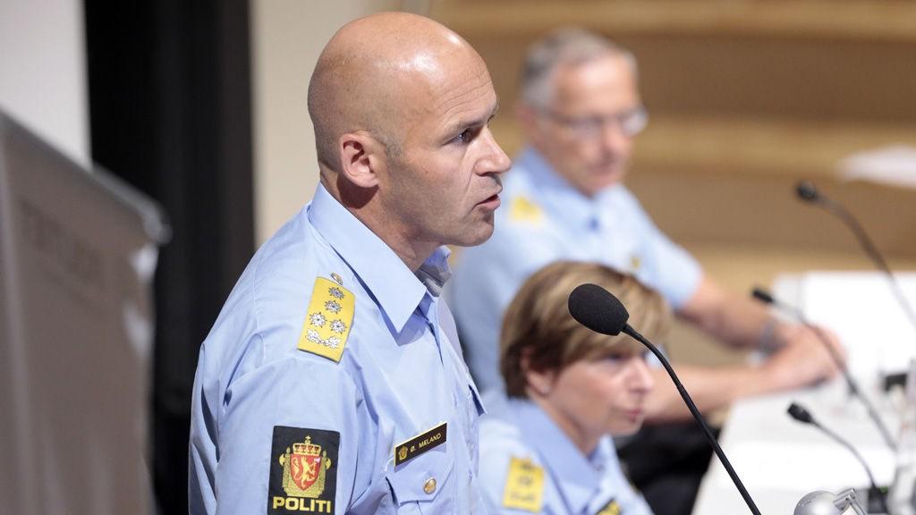 Politidirektør Øystein Mæland Politimester Sissel Hammer og Politimester Anstein Gjengedal under politiets pressekonferanse hvor de gir sine foreløpige kommentarer til 22. julirapporten.