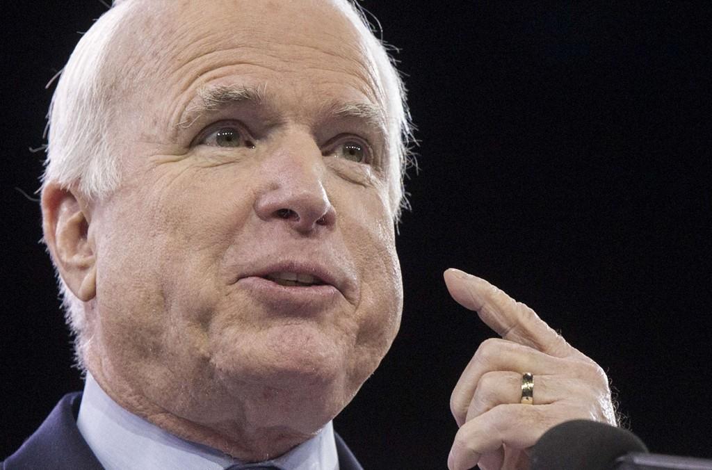 HÅN: John McCain, som stilte som presidentkandidat mot Barack Obama i 2008, håner straffetiltaket fra Russland.